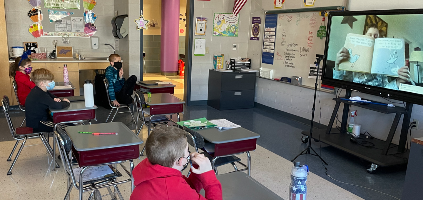 Holiday Park Elementary School (HP) teachers and support staff partner with students to use the latest technology to encourage students to read. Participating in the Read Across America program and working with a user-friendly digital platform, both parti