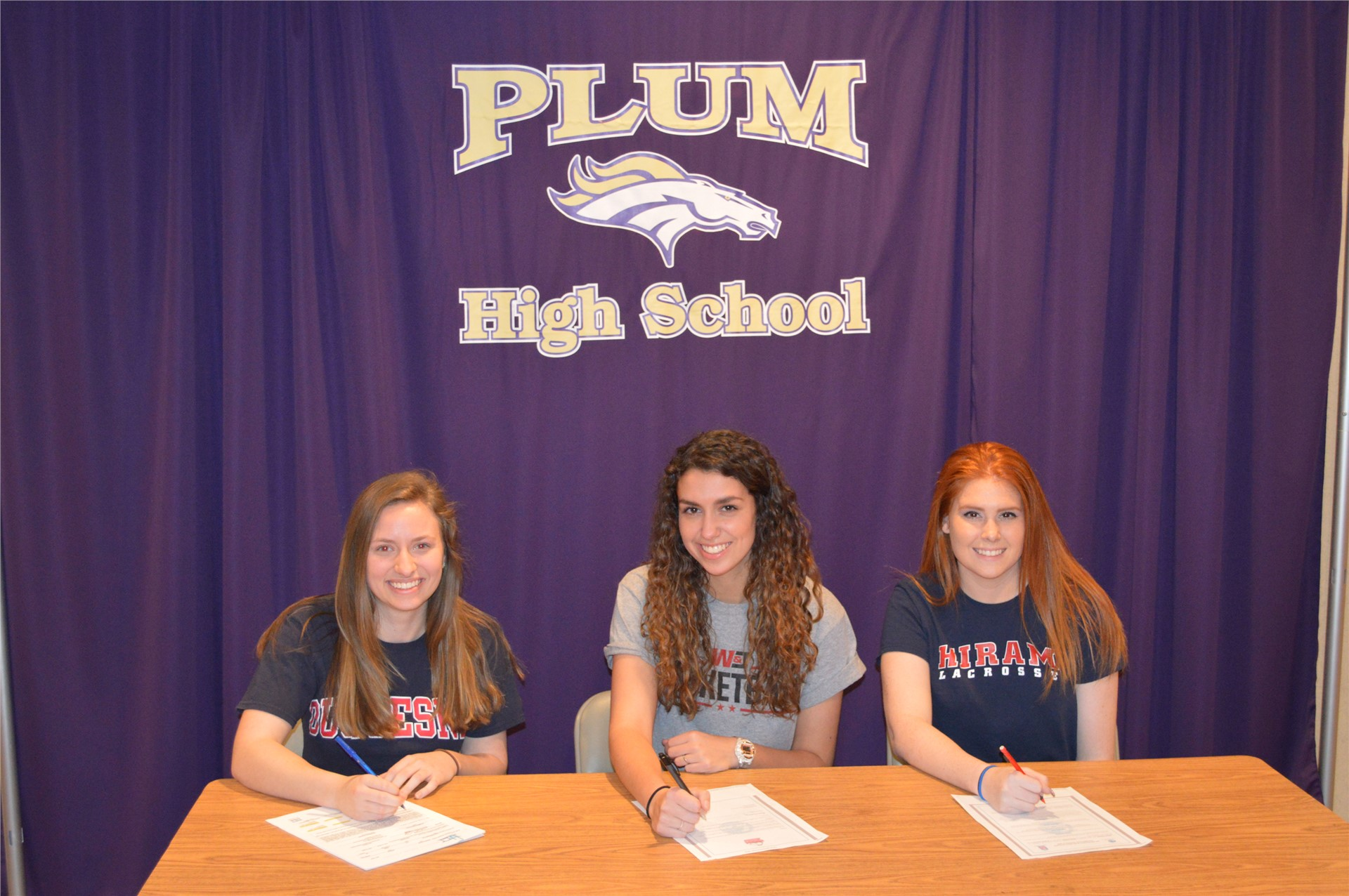 Plum Athletes Sign National Letters of Intent