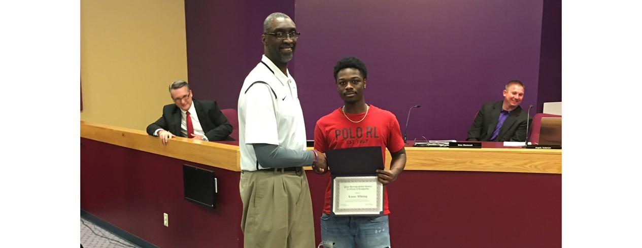Boys Senior High School Basketball Honor Recipient